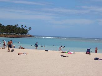 ハワイ・アラモアナビーチパーク